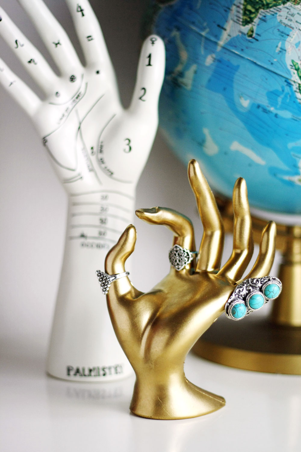 Diy Gold Hand Jewelry Stand By Wilma