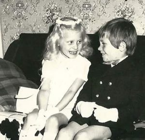 oude vriendschap roest niet: christine-en-jean-claude-1971-eerste-communie