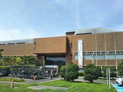 戸田市立図書館本館