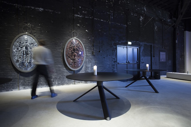 big round TUBE dining table | eetkamer tafel rond en ovaal | Maarten Baptist | Room|LOFT#2 | C-More Concept Store