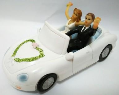 Bride and Groom in a Car Wedding Cake  end 8 1 2019 4 15 PM  Bride and Groom in a Car Wedding Cake Topper   WCTF06