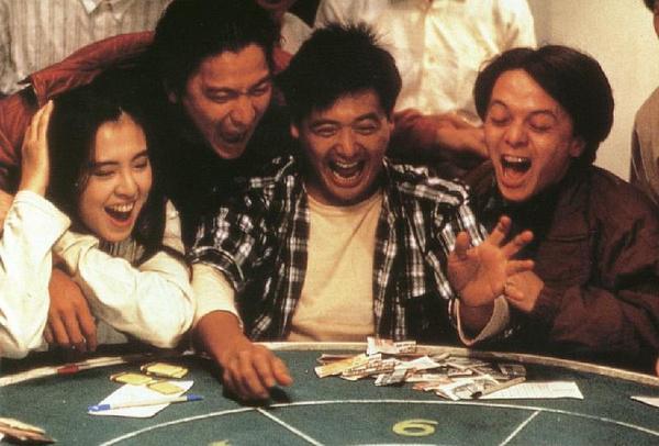 80後最熟悉的《賭神》裡已經有三個演員去世了!大傻真的是太傻了...唏噓不已