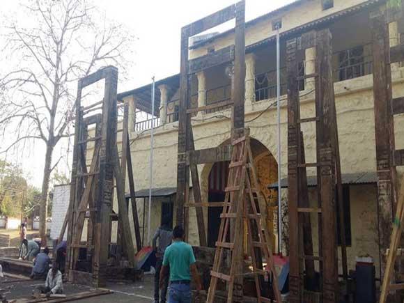 https://i1.wp.com/c.express.pk/2017/04/bhopal-jail-1-1488811707-1492083725.jpg?w=1170&ssl=1