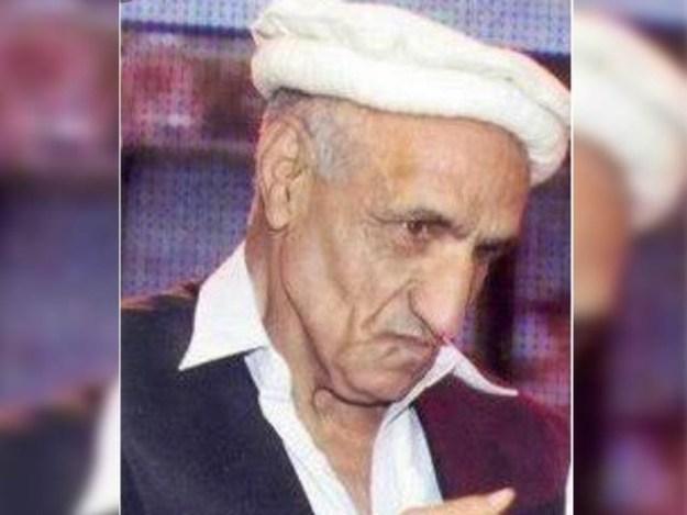 شپاہی مقبول حسین کی نماز جنازہ آج مکمل فوجی اعزاز کے ساتھ ادا کی جائے گی ۔ (فوٹو : آئی ایس پی آر)