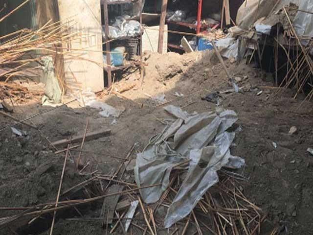 چارسدہ میں مدرسے کی چھت گرنے سے 4 بچے جاں بحق