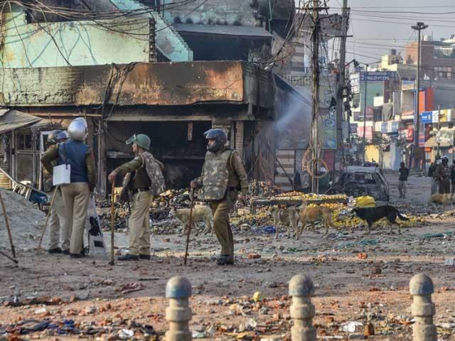 دہلی مسلم کش فسادات میں جاں بحق افراد کی تعداد 34ہوگئی؛ کئی علاقوں میں کرفیو