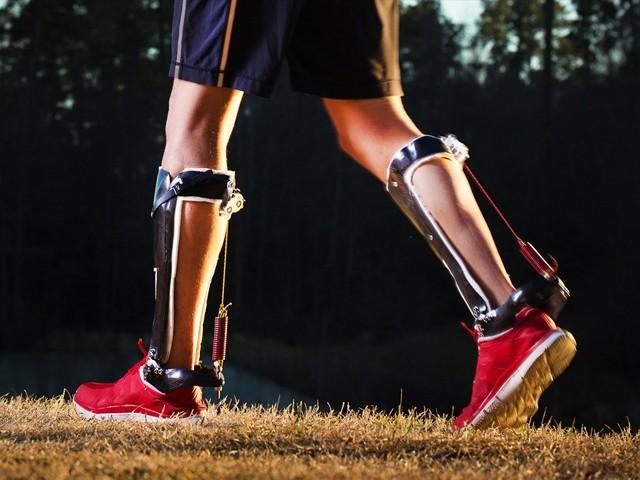 غلیل جیسی ''مشینی ٹانگیں'' آپ کو ایتھلیٹ سے بھی تیزرفتار بنا سکتی ہیں!