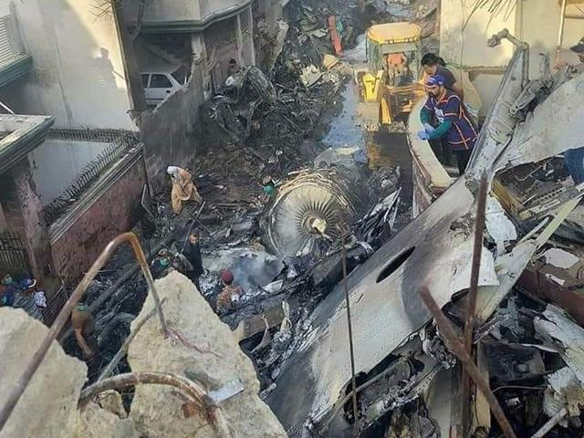 پی آئی اے طیارہ حادثے کی انسپکشن رپورٹ میں نئے انکشافات