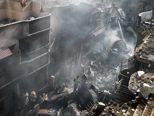 پی آئی اے طیارہ حادثہ؛ ڈیوٹی پر موجود ایئرٹریفک کنٹرولر بھی شامل تفتیش
