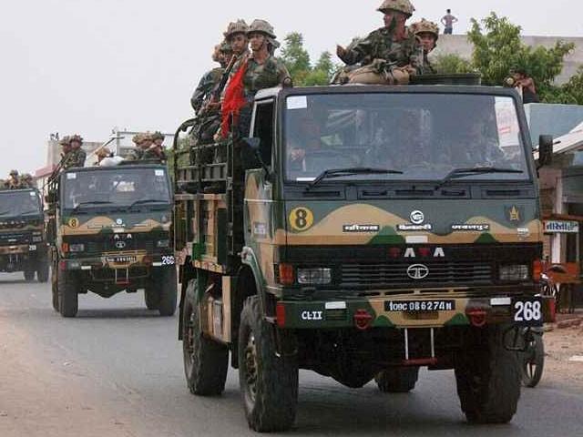 سفاک بھارتی فوج نے 12 سالہ کشمیری بچے کو گاڑی تلے کچل دیا