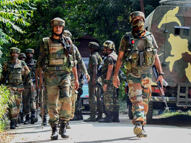 بھارتی فوج کی ظالمانہ کارروائیوں میں 5 کشمیری شہید