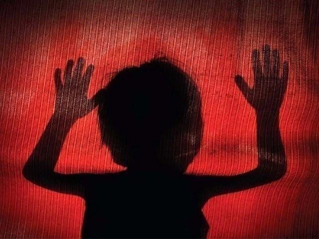 نوشہرہ میں چھ سالہ بچی کوتشدد کرکے قتل کرنے والا پڑوسی گرفتار