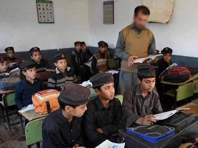 خیبر پختون خوا میں 15 ستمبر سے اسکول کھولنے کی تیاری مکمل