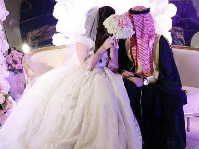 سہیلی کے موبائل سے شوہرکی دوسری شادی کا بھانڈا پھوٹ گیا