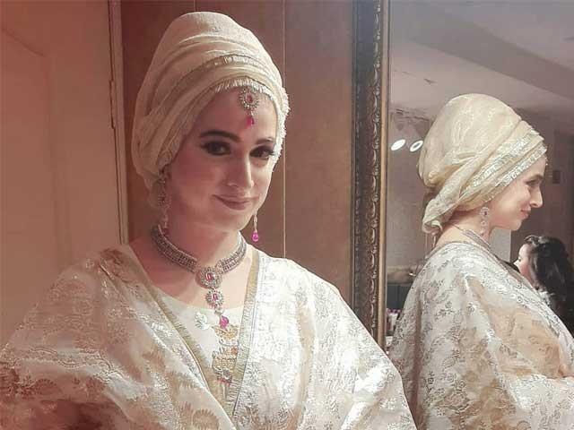 جسے میرے حجاب سےمسئلہ ہے وہ مجھے نہ دیکھے، نوربخاری