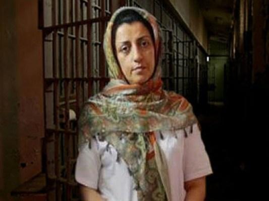49 سالہ نرگس محمدی کو 2015 میں بھی 15 سال قید کی سزا سنائی گئی تھی، فوٹو: فائل