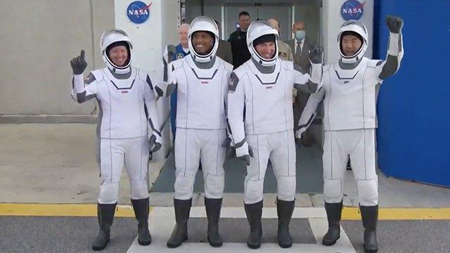 Crew 1