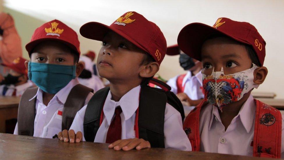 Ganteng smp foto cowok keren smp kelas 8. Who Anak Berusia 12 Tahun Ke Atas Perlu Memakai Masker Bbc News Indonesia