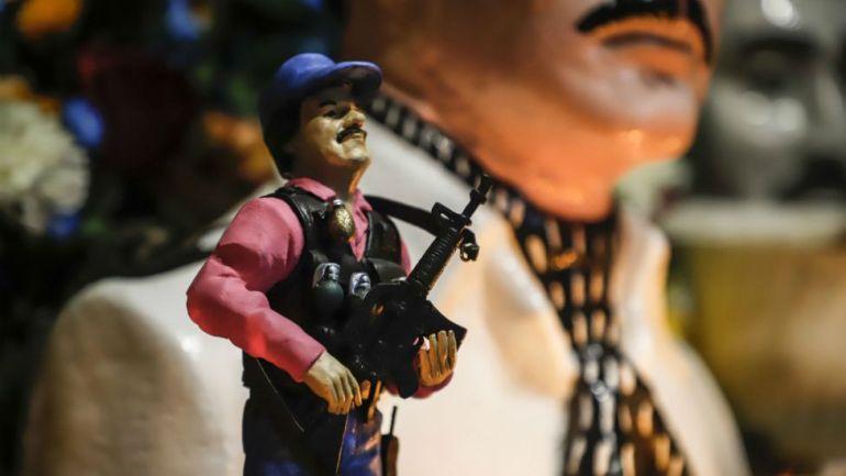 Figurita del Chapo Guzmán