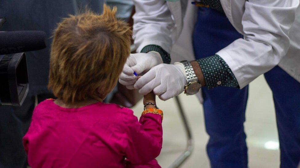 Test darah terhadap anak-anak