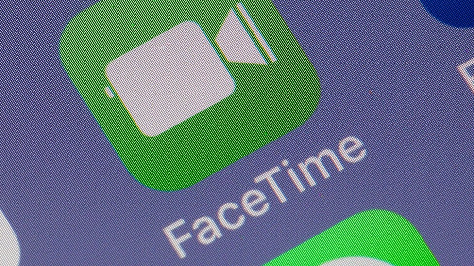 "FaceTime logo ""width ="" 976 ""height ="" 549"