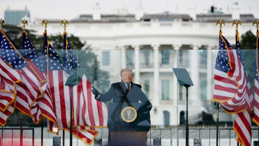 """116391118 gettyimages 1230451631 - Asalto al Capitolio: Las palabras que le costaron a Trump el segundo """"impeachment"""""""