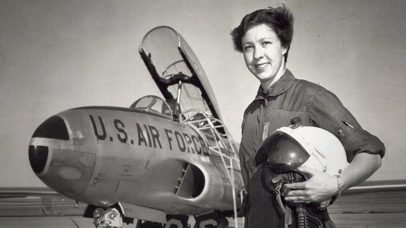 119507619 1fa39c2e b015 4868 9009 534e56c14aa7 - Wally Funk, la aviadora de 82 años que cumplió su sueño al volar con Blue Origin al espacio