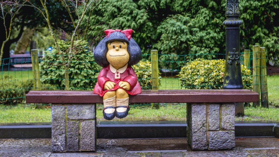 Statue of Mafalda designed by Pablo Irrgang in San Francisco Park in Oviedo in Asturias region, Spain Alamy