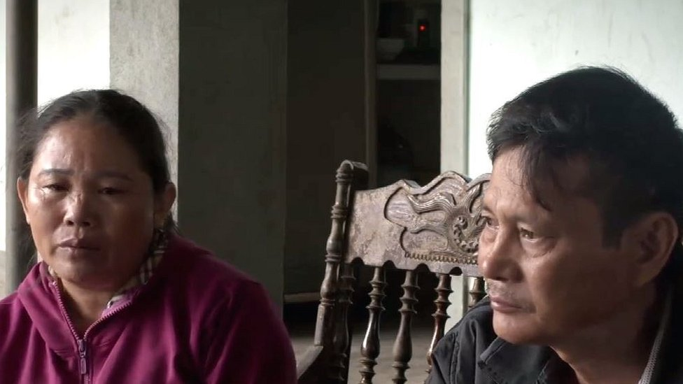Hoang Thi Ai (left) and Nguyen Thanh Le (right)