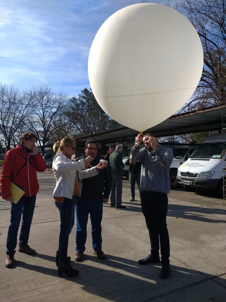 """118137031 capacitacionsistemasondeo - Cómo funcionan los """"globos sonda"""" que se elevan a diario y ayudan a los pronósticos meteorológicos"""