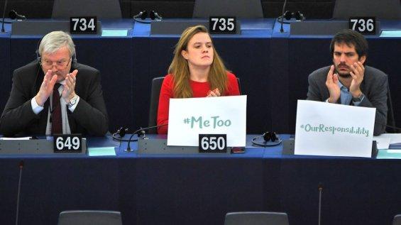 La iniciativa #MeToo también llegó a instituciones como el Parlamento Europeo.