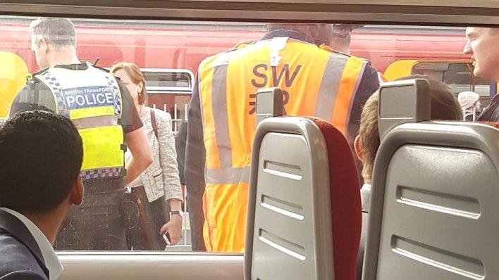 98101391 mediaitem98101387 - Wimbledon station commuters flee train in 'Bible' panic