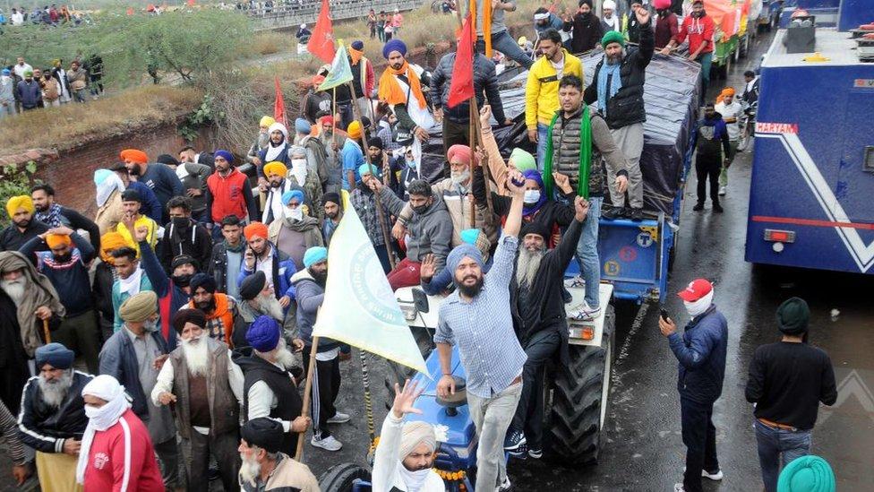 Farmers protesting in march to Delhi