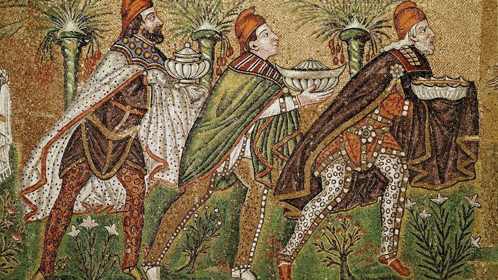 La leyenda que cuenta que los Reyes Magos eran 12 - BBC News Mundo