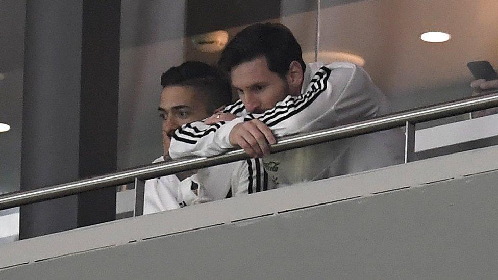 Lionel Messi y Manuel Lanzini