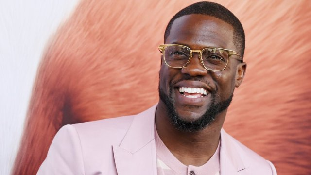 Kevin Hart: I was being blackmailed over 'sexually suggestive' video