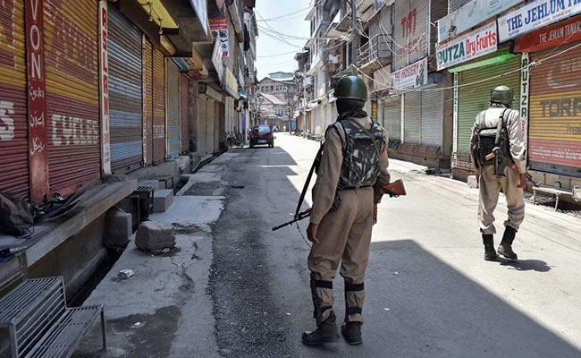 Article 35A Live Updates: Top Court Adjourns Hearing For Two Weeks