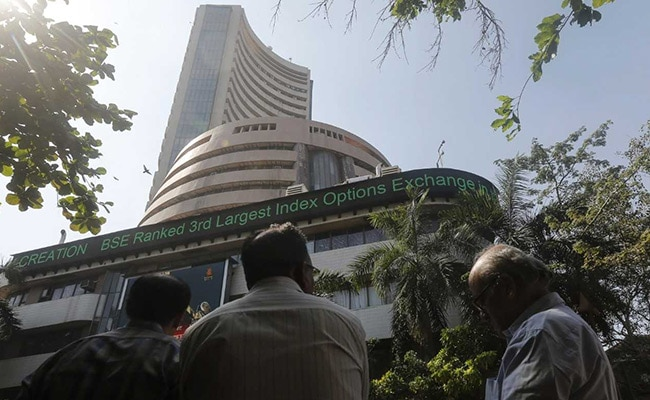Nifty Extends Record Run, Sensex Jumps Over 400 Points Led by Reliance