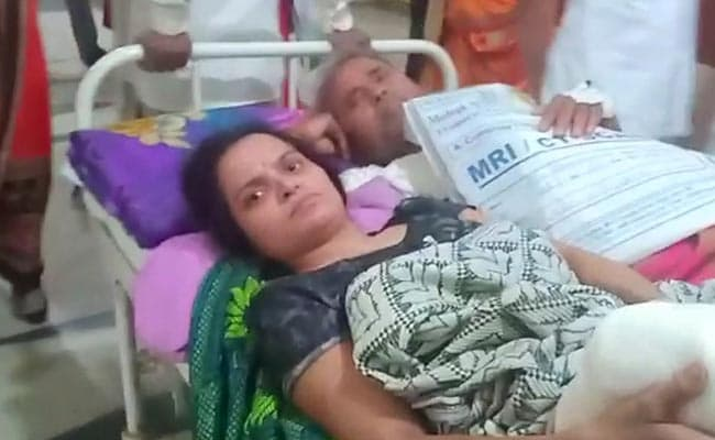 Man, Woman Forced To Share Stretcher In Indore Hospital