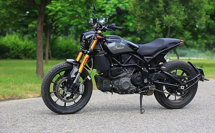 The BS4 Indian FTR 1200 S gets a discount of Rs. 3.85 lakh on the on-road price