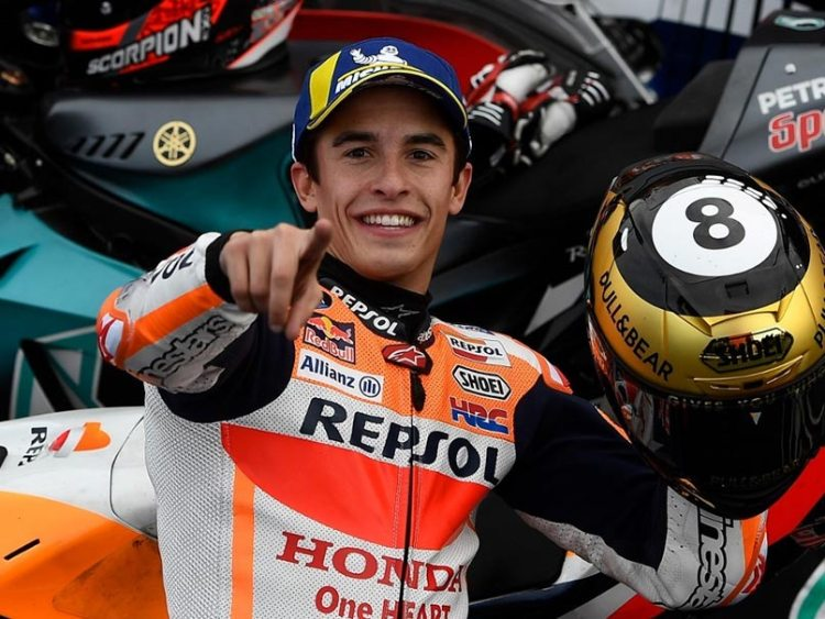 Marc Marquez che festeggia l'ottavo titolo nel motomondiale
