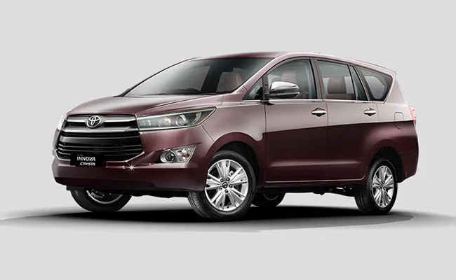 Toyota sold 5555 units in August 2020 in the domestic market.