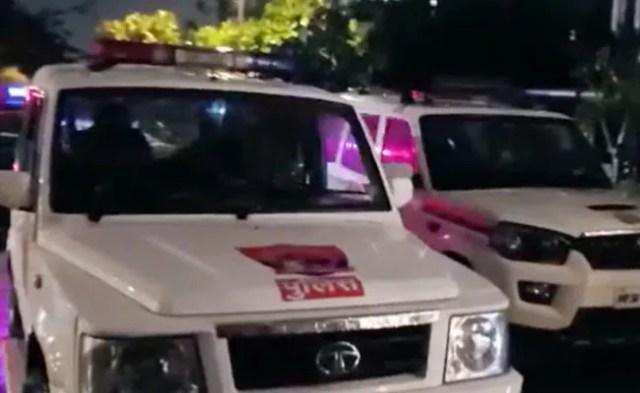 राजस्व अधिकारियों ने बंगाल में ट्रक से लूटे गए सोने के मूल्य 17.5 करोड़ रु। जब्त किए, four गिरफ्तार