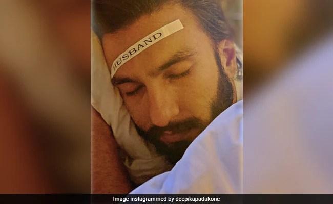 """What Deepika Padukone Did After Ranveer Singh Snoozed The Alarm """"35,000"""" Times"""