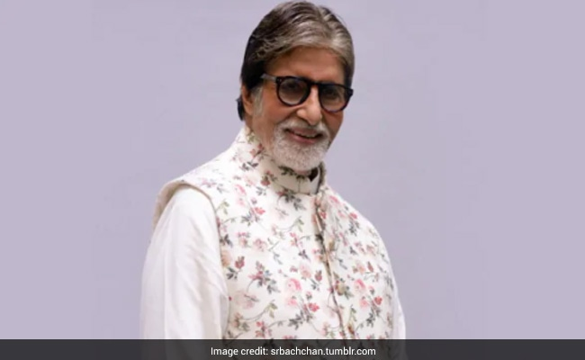 """""""The Hands You Raise In Love Are My Strength:"""" Amitabh Bachchan, COVID-19 Positive, Writes For His Fans"""