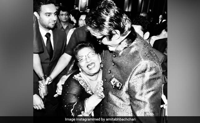 Amitabh Bachchan Recalls The Time Saroj Khan Gave Him A Coin As Reward For Good Shot 11
