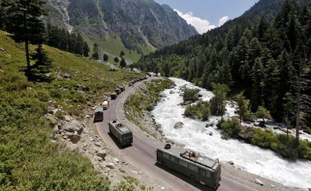 चीन की सीमा पर निगरानी के लिए सेना को दुनिया की सबसे चुस्त, सबसे हल्की निगरानी का ड्रोन 'भारत' मिला