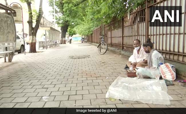 17-Year-Old Mumbai Footpath Dweller Scores 40% In SSC Exam