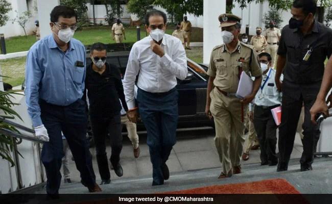 महाराष्ट्र में लॉकडाउन हटाने को लेकर मुख्यमंत्री उद्धव ठाकरे ने कहा, खतरा अब भी बरकरार लेकिन...