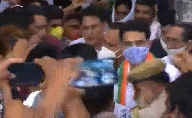 पार्टी के भीतर प्रसारित दृश्य विद्रोह नहीं है, सचिन पायलट कहते हैं, जयपुर में वापस